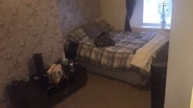 Spacious Double Room in Pleasant Quiet Central House