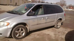 2003 dodge caravan sport DRIVE IT AWAY TODAY FOR 600