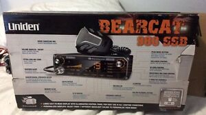CB radio with antenna and magnet London Ontario image 1