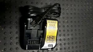 DeWalt DCB107 Battery Charger Brand New