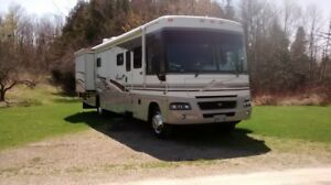 motorhome, 2004 Winnebago Adventurer