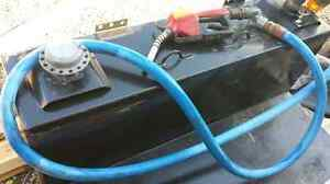 L shape fuel skid for pick up