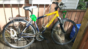 $150 Hybrid Bike with Back Rack