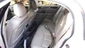 Parting out 2003 Lincoln Town car Cartier Cambridge Kitchener Area image 8