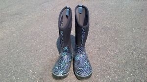 BOGS BOOTS for sale