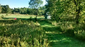 1.3 acre on Bever Creek ,center line 35.000$