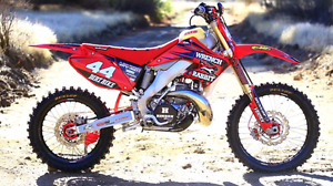 Looking to buy a 250 dirt bike today or tomorrow