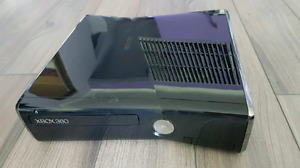 Xbox 360 S 250GB with lots of extras