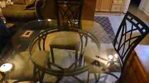 4 seat dining room glass table