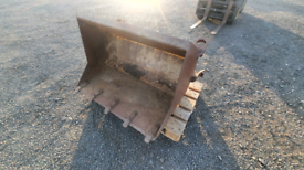Tractor front loader heavy duty bucket