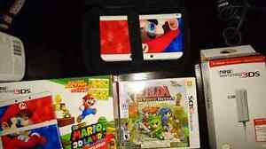 Nintendo New 3DS  Mario