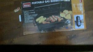 PORTABLE/TABLETOP GAS BBQ(Campbellford)