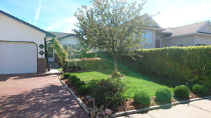 Beautiful home in Medicine Hat to trade for a comparable in B,C.