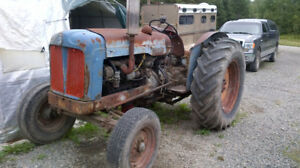 Fordson E1A New Major plus parts tractor