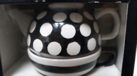 QUIRKY TEAPOT & CUP SET