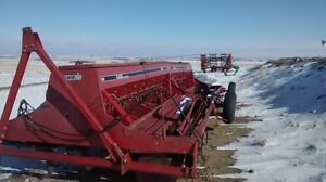 Case 7200 Hoe Drill 28'