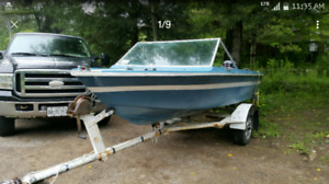 1982 Grew Runabout Boat