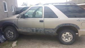 2001 Chevy blazer ls