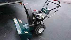 Craftsman snowblower, 9 hp 27 inch cut with electric start.