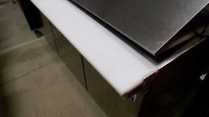 UNRESERVED ONLINE AUCTION Stainless Steel Prep Table/Cooler