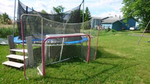 But de hockey et équipement de gardien.