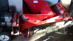 Briggs & Stratton gas engine chipper/shredder
