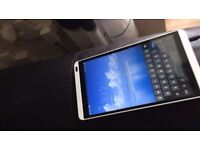 EE ANDROID TABLET 16GB