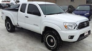 2015 Toyota Tacoma V6 4X4 TRD PRO ACCESS CAB Clean Car Proof, On
