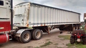 2001 Triple Axle Grain Trailer