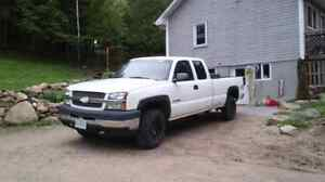 2003 Chevy Silverado 2500 HD 4x4NEED GONE ASAP HAVE TO DOWNSIZE