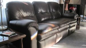 Lazyboy Recliner Premium  Quality Leather