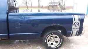 2004 dodge ram 8ft. Box