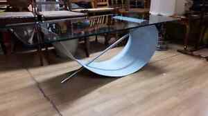 Designer Coffee Table with Tempered Glass West Island Greater Montréal image 3