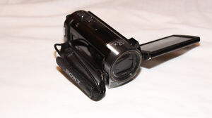 Sony HDR-CX160 Camcorder + Accessories