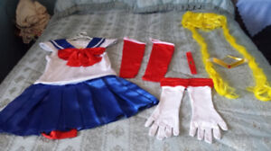 Sailor Moon Costume size medium
