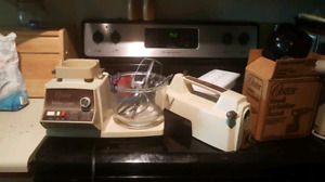 Oster Mixer Electronic Touch Control Kitchen Center, Vintag
