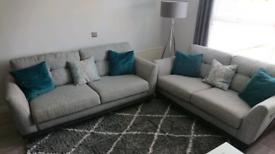 Darwin Dakota 2 + 3 seater sofa set like new