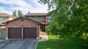 ★★ Mesmerizing Ajax Detached Home - JUST LISTED ★★