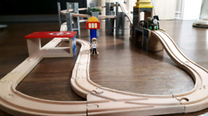 Spiral wooden train set with 2 Thomas trains
