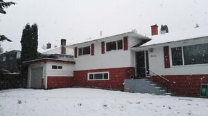 4br with Attached Garage - Upper Deer lake house with view