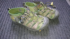 Boys Size 13 Keen Sandals - Need Gone ASAP
