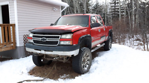 2006 Chevy 2500hd - Parting out