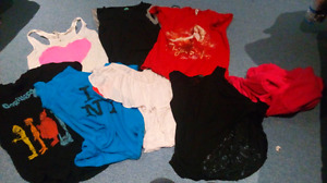 VARIOUS ARTICLES OF WOMENS CLOTHING