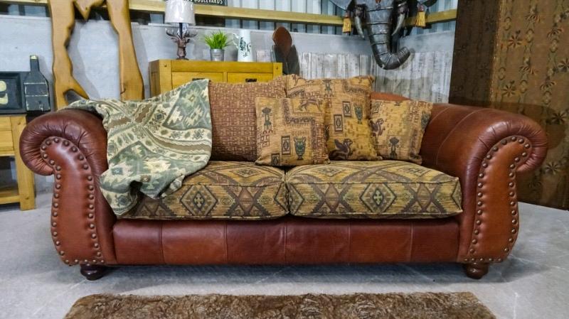 Stunning Thomas Lloyd Lexington 3 Seater Sofa   in Leek ...