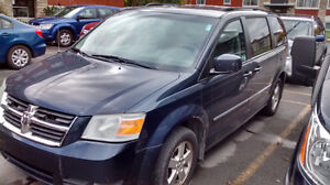 2009 Dodge Grand Caravan Stow and Go SXT 4.0L