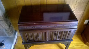 Antique Gramophone, good working condition