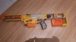 Nerf Gun with Detachable Pieces