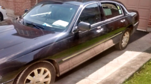 2011 Lincoln Town car. Signature Limited. Propane