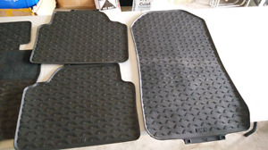 2006-2011 Bmw 3 series rubber floor matt