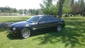 2006 300C SRT8 Trade for Roadster or Yacht London Ontario image 5